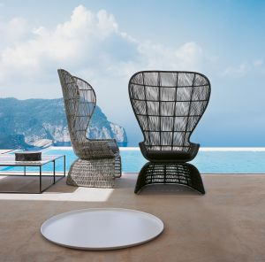 Outdoor Sessel Crinoline (© B&B Italia)
