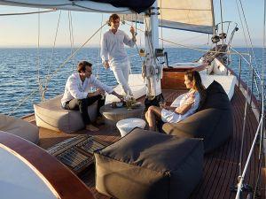 Sitzelemente Sail Outdoor (© Gandiablasco)