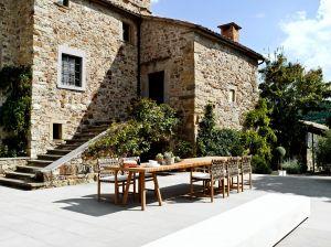Outdoor Stuhl und Tisch Vis À Vis (© Tribù)