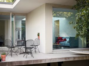 Wire Chair (© Vitra)