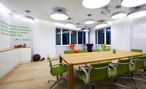 Projekt in Zusammenarbeit mit brandherm + krumrey interior architecture (© Joachim Grothus)