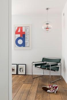 Wassily Chair von Knoll International, Leuchte Globe von Verpan