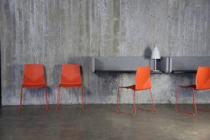 Stuhl Four Cast, Schreibtisch Four Us Wallpod (© Four®Design)