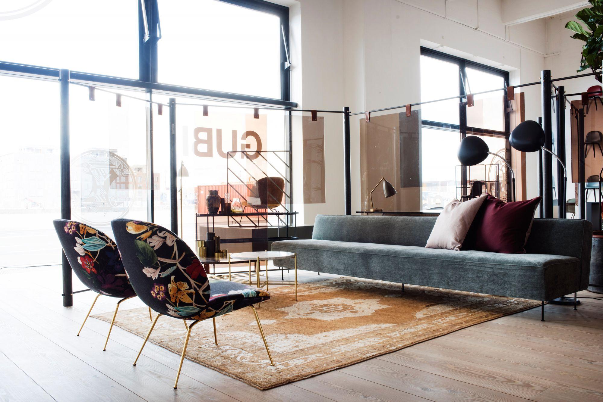 Gubi / Gärtner Internationale Möbel
