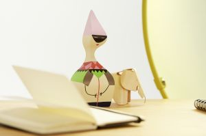 Wooden Dolls (© Vitra)