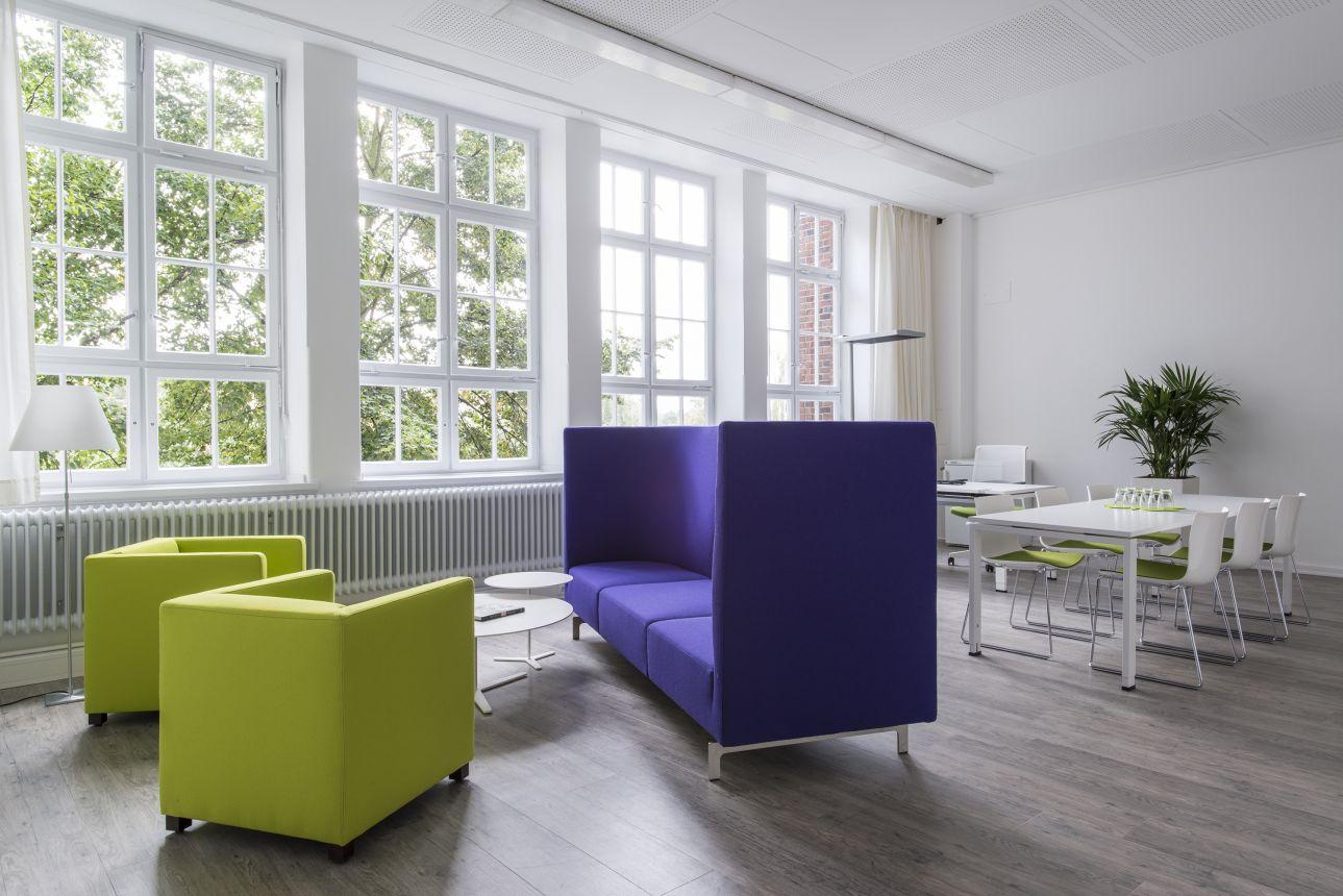 Projekt: Berufsschule W8 / Gärtner Internationale Möbel