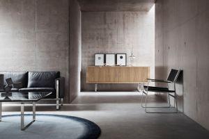 Sofa CH102, Sideboard CH825 (© Carl Hansen)