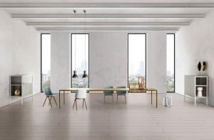 Tisch Tense, Stühle Aiku, Sideboard Heron, Beistelltisch SAG (© MDF Italia)