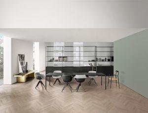 Tisch Tense, Stühle Flow Slim, Regal Minima, Bank Link (© MDF Italia)