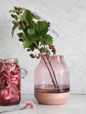 Vase Elevated (© Muuto)