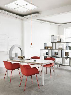 Stuhl Fiber, Base Table (© Muuto)
