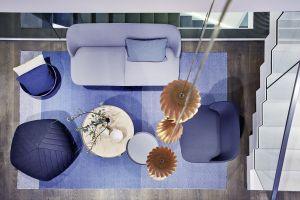 Sofa und Sessel Oslo, Pouv Five, Beistelltische Around, Restore Basket und Teppich Varjo von Muuto