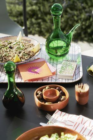 Classic Tray und Paper Napkins (© Vitra)