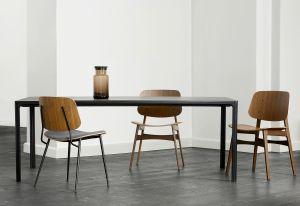 Stühle Söborg und Tisch Piloti (© Fredericia)