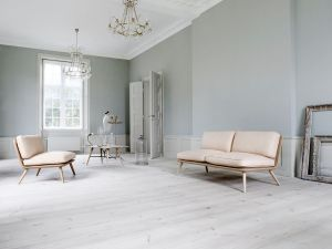 Sofa und Sessel Spine (© Fredericia)