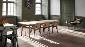 Stühle Söborg und Tisch Taro (© Fredericia)