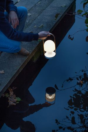 Leuchten Follow me (© Marset)