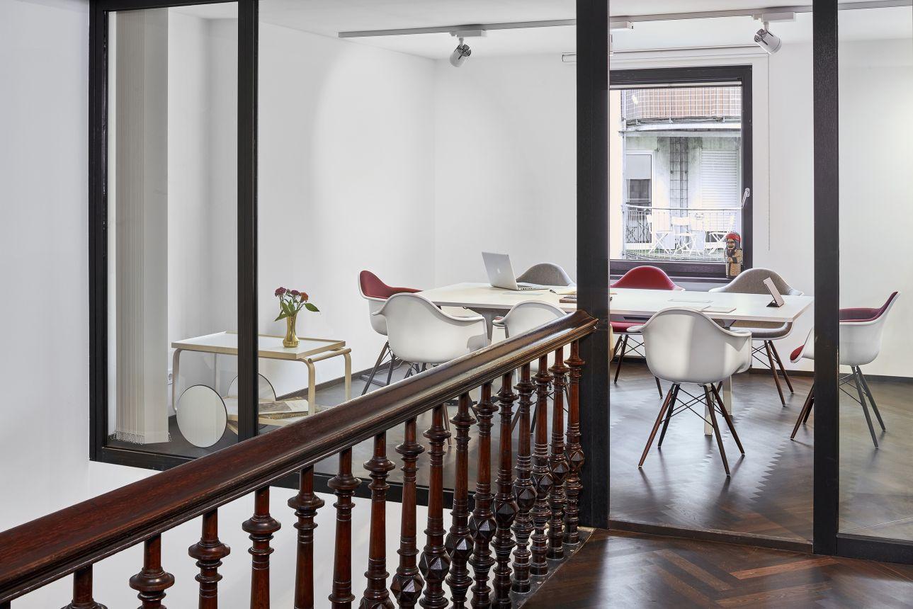 Eames Plastic Armchair : Vielfalt pur der u eeames plastic chairu c gärtner internationale möbel