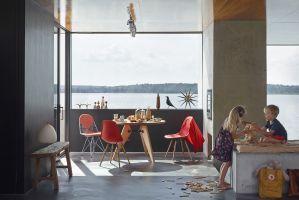 """Vielfalt pur: Der """"Eames Plastic Chair"""""""