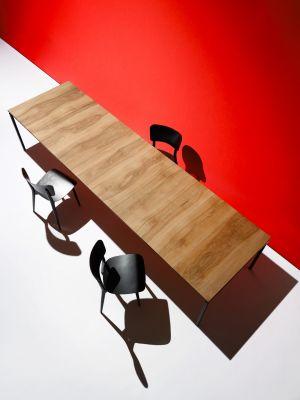 Tisch 1010 (© WB Form)