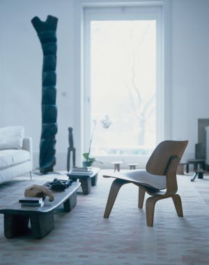Sessel Plywood (© Vitra)