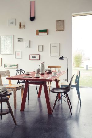 Tisch Stijl (© Richard Lampert)