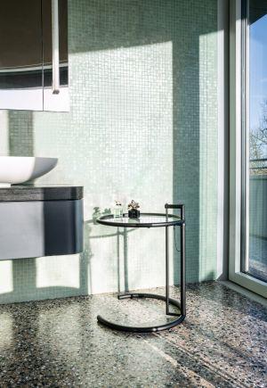 Adjustable Table - Hersteller ClassiCon authorised by The World Licence Holder Aram Designs Ltd. (© Daniel Breidt)
