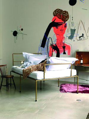 Sevenfeetup Bett (© Atelier Haußmann)