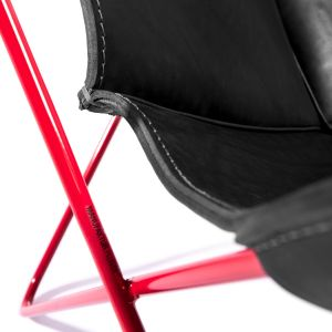 Butterfly Chair - Gestell Rot/Naht Schwarz (© Manufaktur plus)