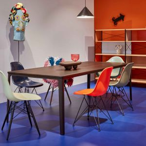 "Neuauflage des ""Eames Fiberglass Chair"""