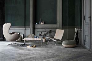 Egg Chair und PK61 Tisch (© Fritz Hansen)