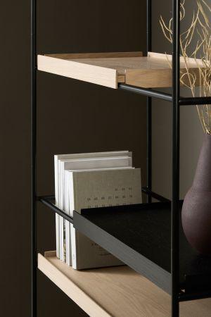 Regal Tray Shelf (© Woud)