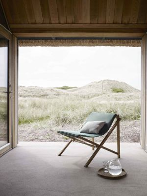 Aito Lounge Chair (© Skagerak)