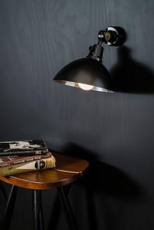 Erfinder des lenkbaren Lichts  (© Midgard)