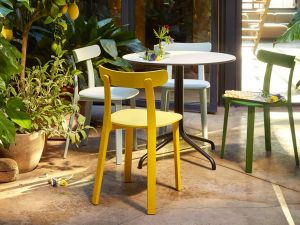 All Plastic Chair (© Vitra)
