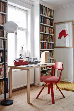 Aalto Tisch, Rival Stuhl (© Artek)