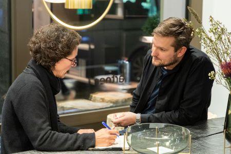 Sebastian Herkner und Stefan Knopp im Gespräch