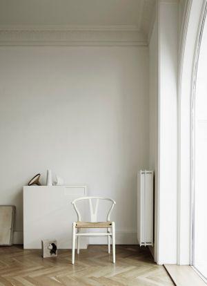 CH24, Farbe Soft White (© Carl Hansen)
