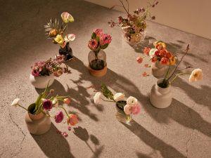 Earthenware, Vase, Ikebana (© Fritz Hansen)