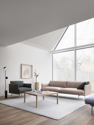 Outline Sofa und Sessel (© Muuto)