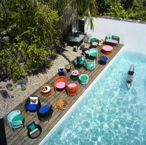Sessel und Beistelltische Caribe (© Ames)